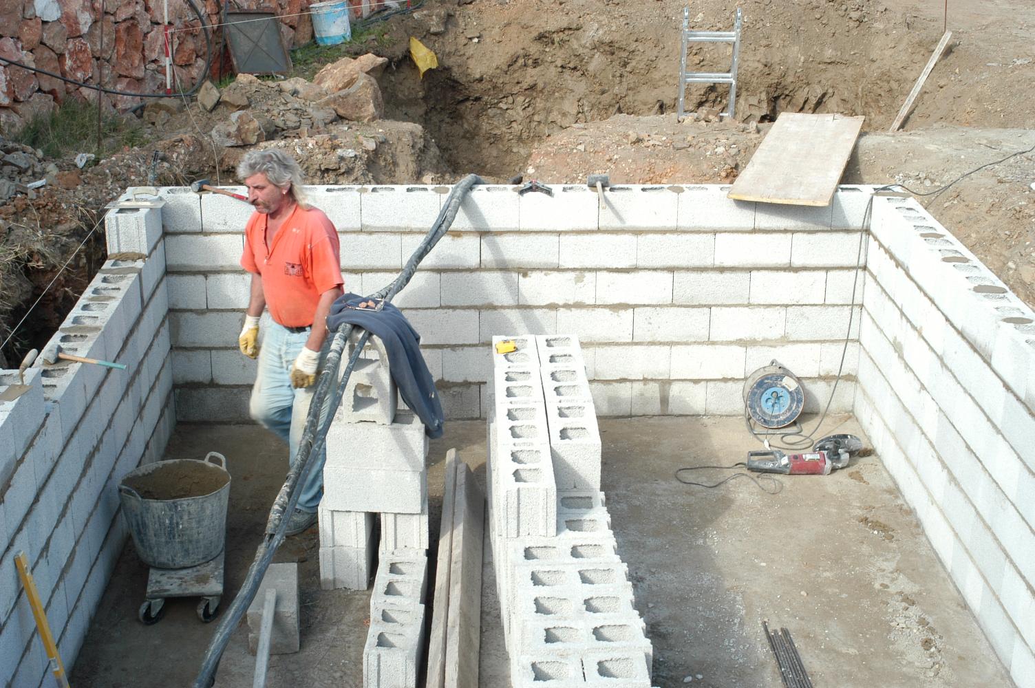 9 Bauphase Pool
