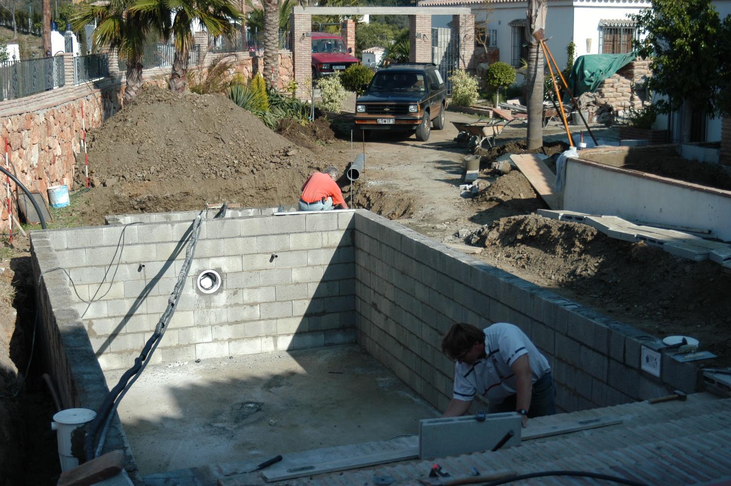 7 Bauphase Pool