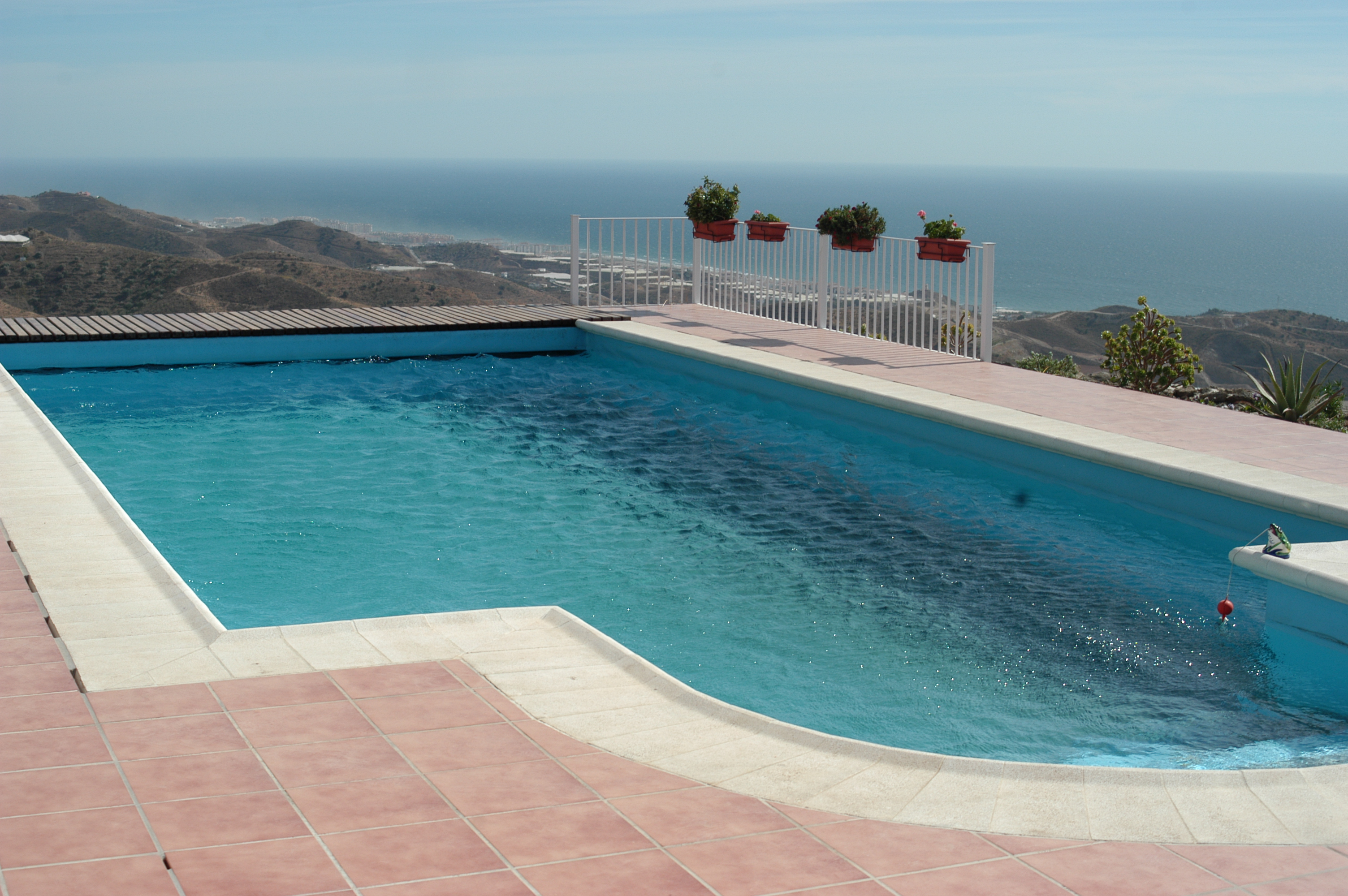 2 Pool Sayalonga