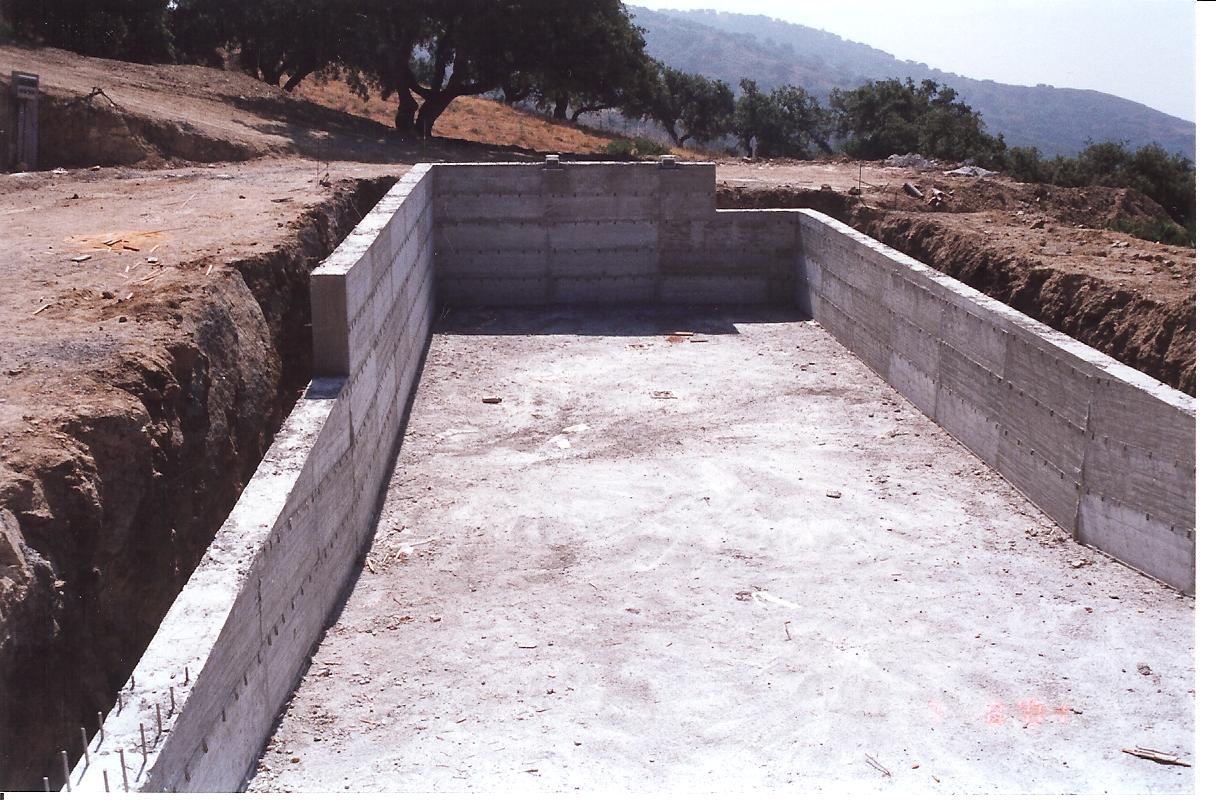 8 Pool und Felsenkeller Betonarbeiten